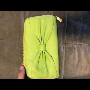 Handbags - Green wallet